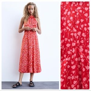 NWT. Zara Red Floral Print Midi Dress. Size L.